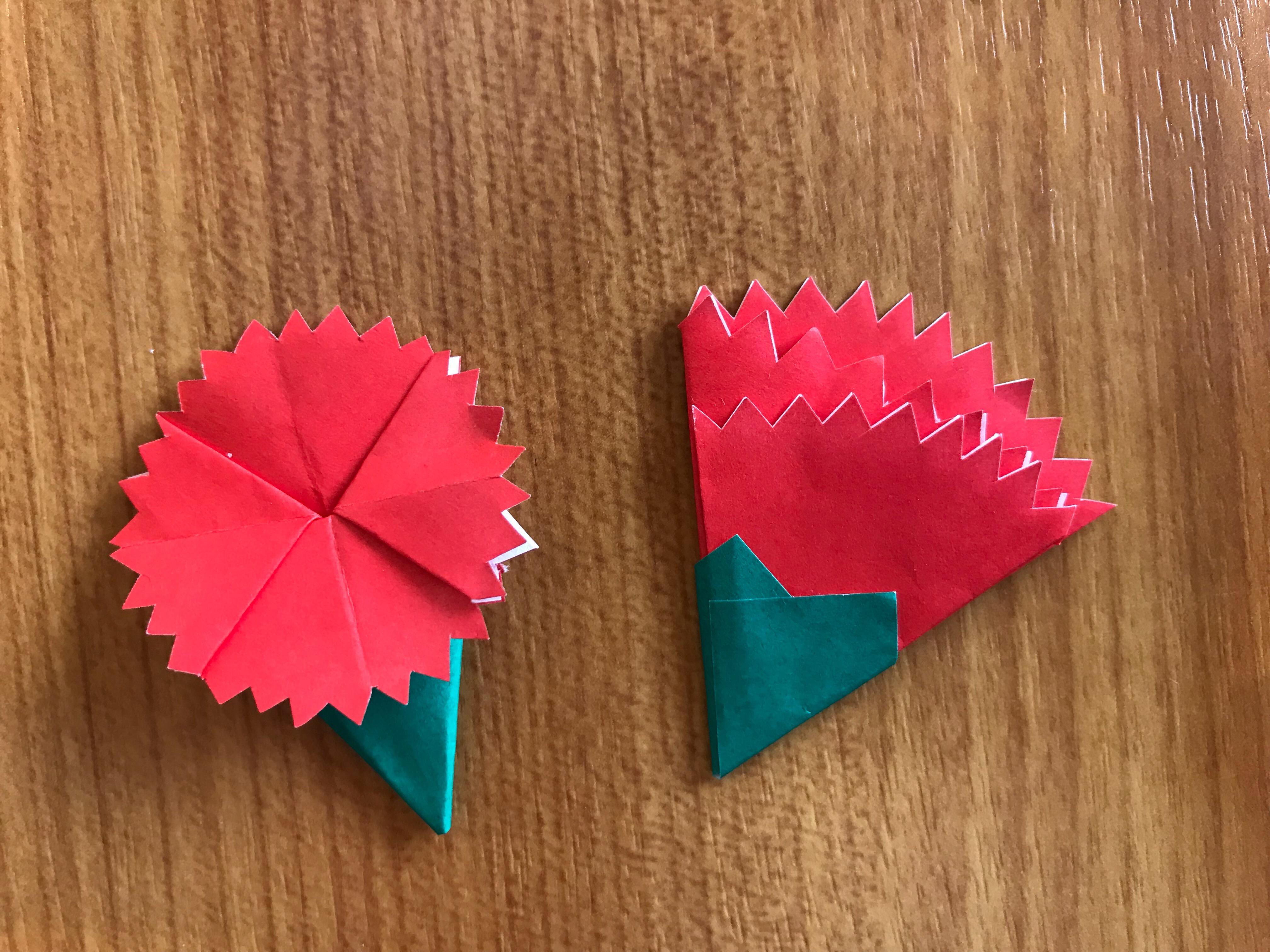 折り紙 カーネーションの簡単な作り方!立体感を出して花束に ...